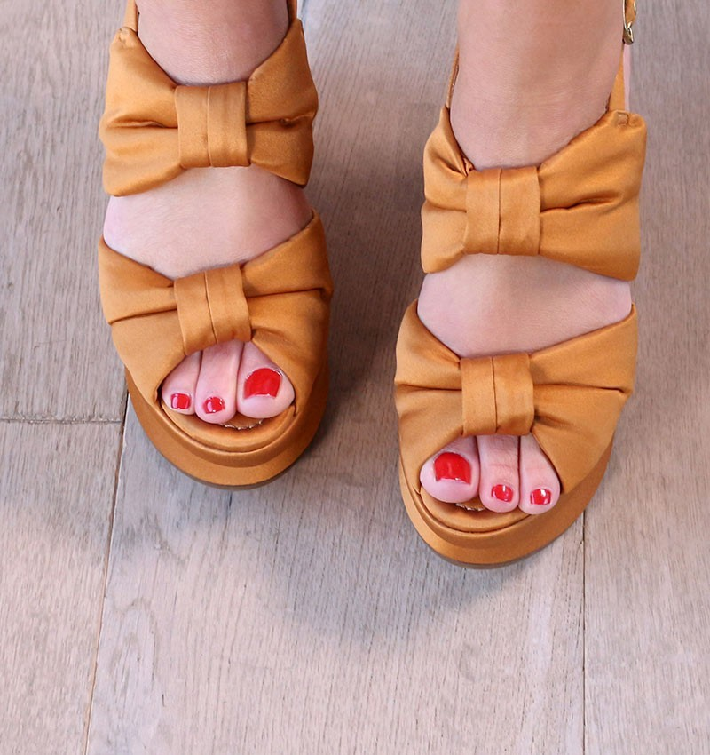 sandals-orange-ochre-vrap