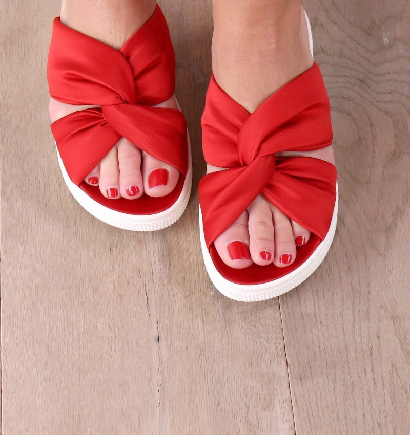 sandals-red-muzan-red