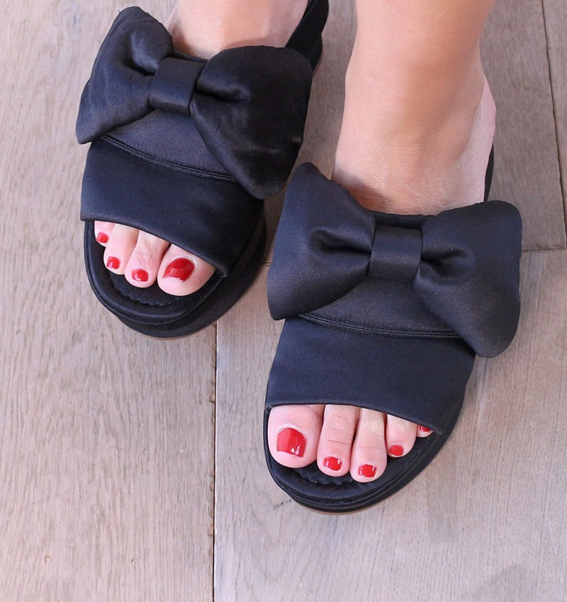 sandals-black-dreamy-black