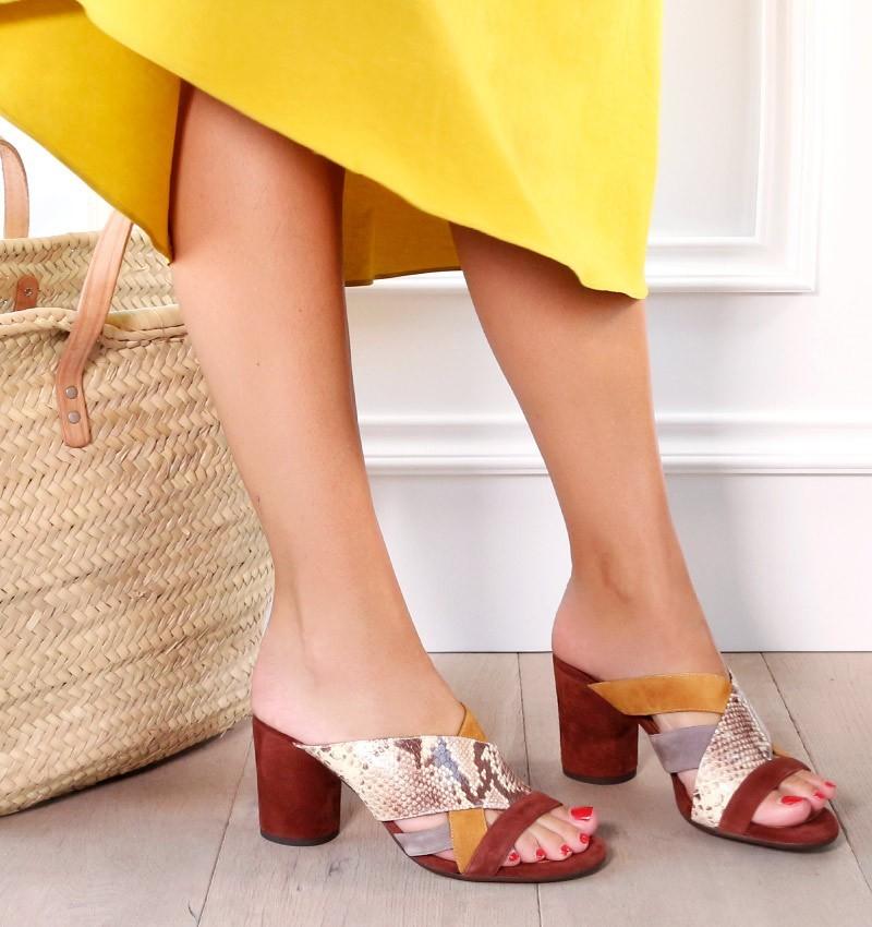 sandals-brown-uni-terra-testa