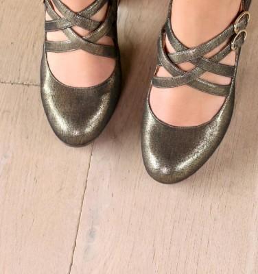 KEFIR GOLD CHiE MIHARA shoes