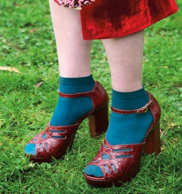 B-UNIDA GRAPE CHiE MIHARA sandals