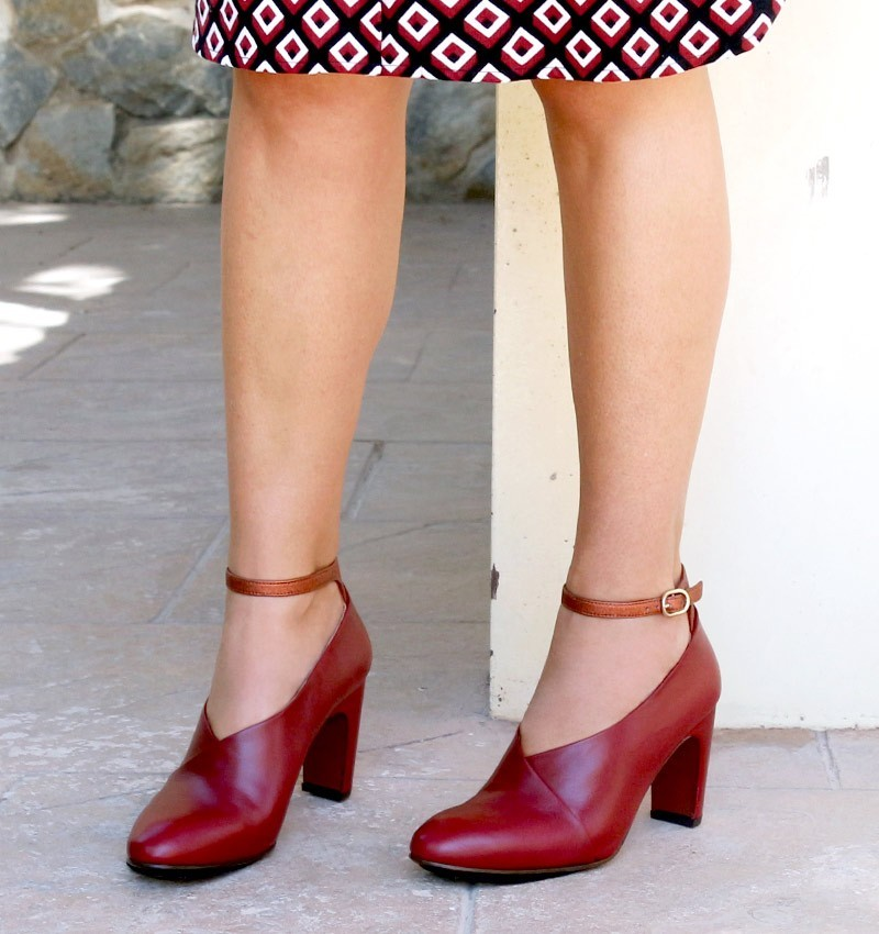 chaussures-rouge-easy-burgundy