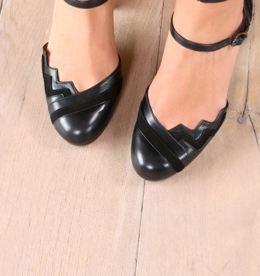 KIDDY BLACK CHiE MIHARA zapatos