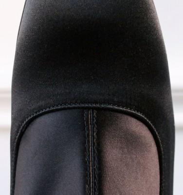 REA BLACK CHiE zapatos