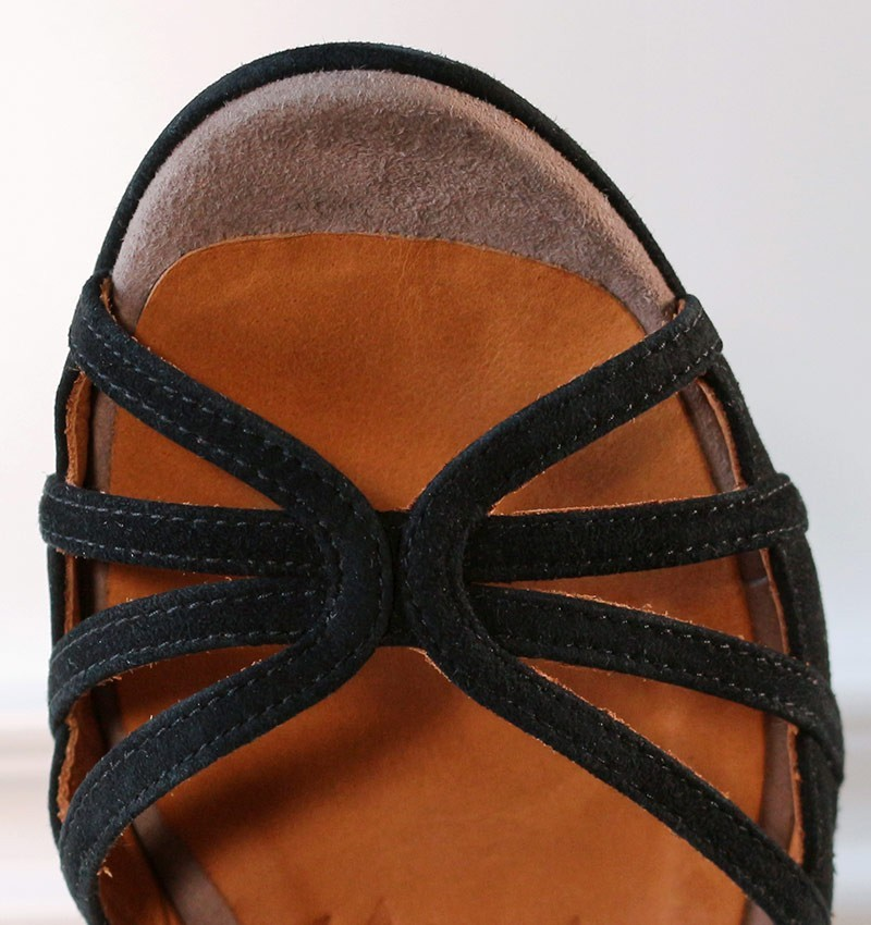 ameno-black-suede
