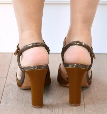 JULI OLIVA CHiE sandalias