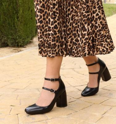 SARITA BLACK CHiE MIHARA zapatos