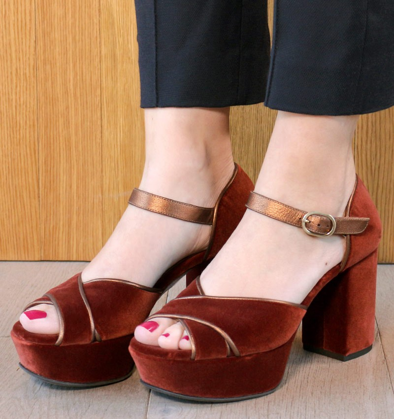 DORY VELOUR TERRA CHiE MIHARA shoes