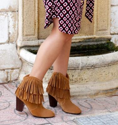 ETNIA TAN CHiE MIHARA boots