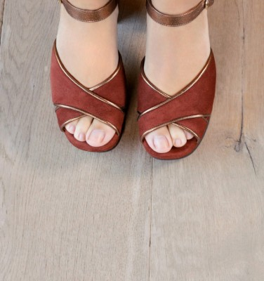 DORY TERRA SUEDE CHiE MIHARA shoes
