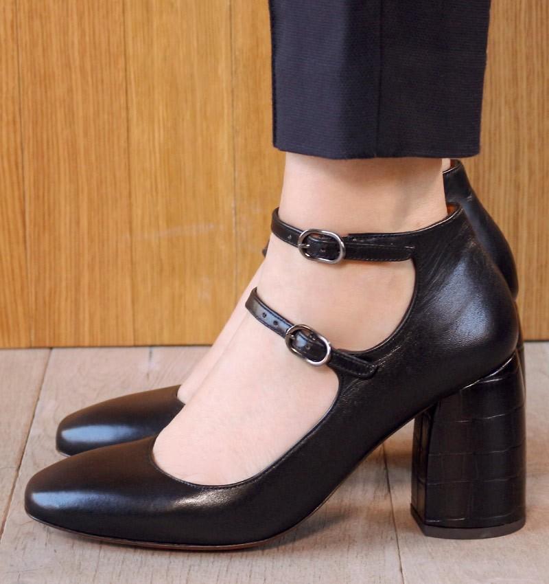 SARITA BLACK CHiE MIHARA shoes
