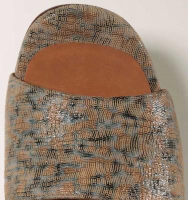 BESILIA TAN CHiE MIHARA sandalias