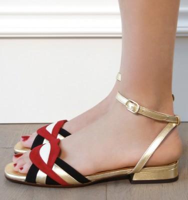 TIMAI GOLD CHiE MIHARA sandales