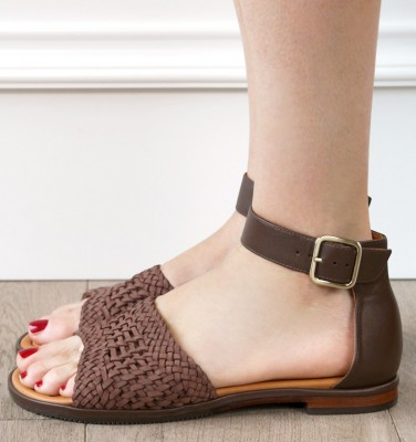 QUICK TOP 10 CHiE MIHARA sandals