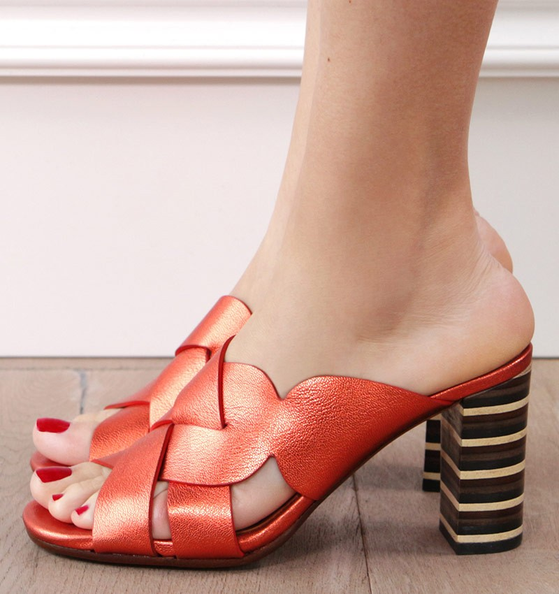 BIDO ORANGE CHiE MIHARA sandals