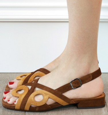 TABATA BROWN CHiE MIHARA sandals