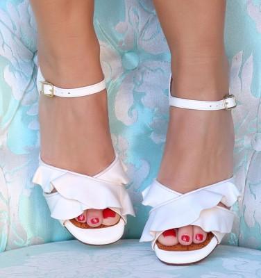 BRI-BINELA OFF-WHITE CHiE MIHARA bridal