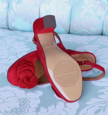 BRI-RIPON RED CHiE MIHARA bridal
