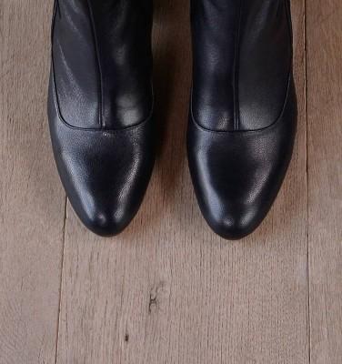 NITO NAVY CHiE MIHARA boots