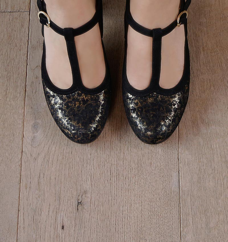ULISE GOLD CHiE MIHARA shoes
