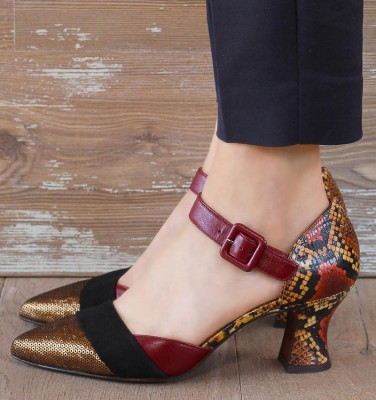 VOTULA GOLD CHiE MIHARA shoes
