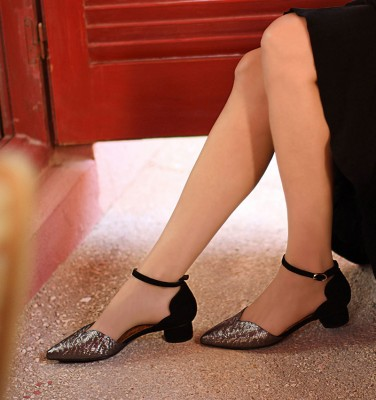 YOLET SILVER CHiE MIHARA shoes