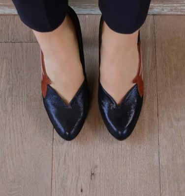GANETA NAVY CHiE MIHARA shoes