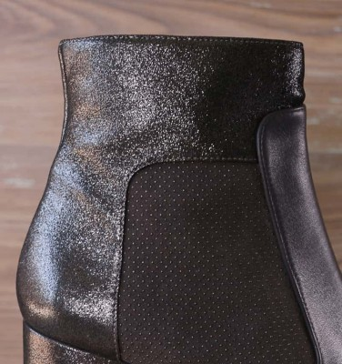 HELMUT GREY boots CHiE MIHARA