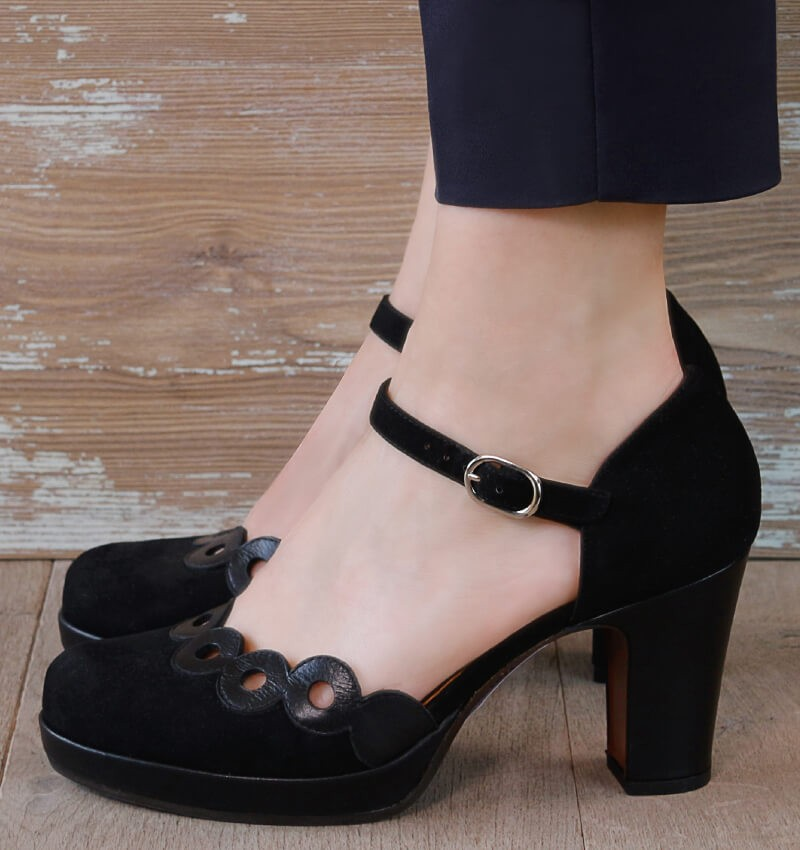 JONIS BLACK CHiE MIHARA shoes
