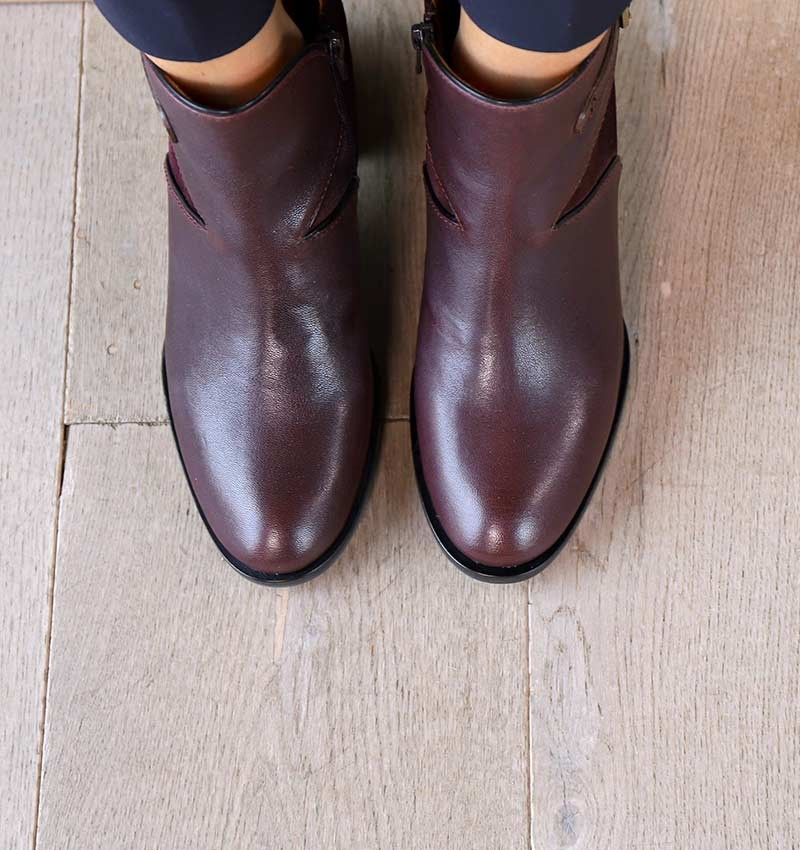 OTILIA GRAPE CHiE MIHARA bottes