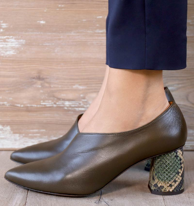 LOA DARK GREEN CHiE MIHARA shoes