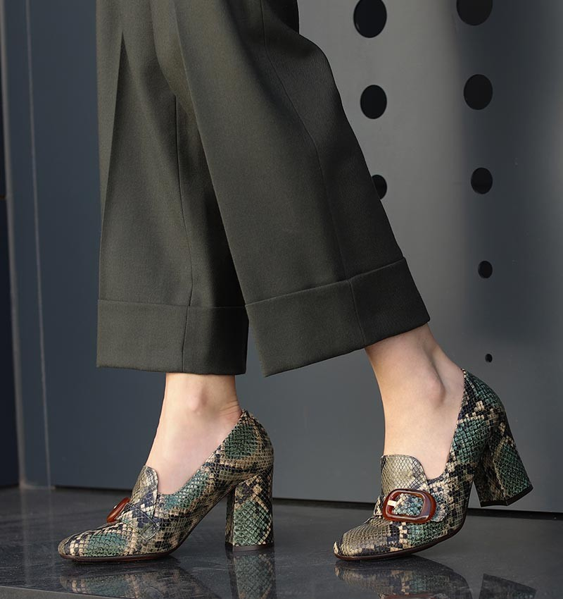 RAIDIS DARK GREEN CHiE MIHARA shoes