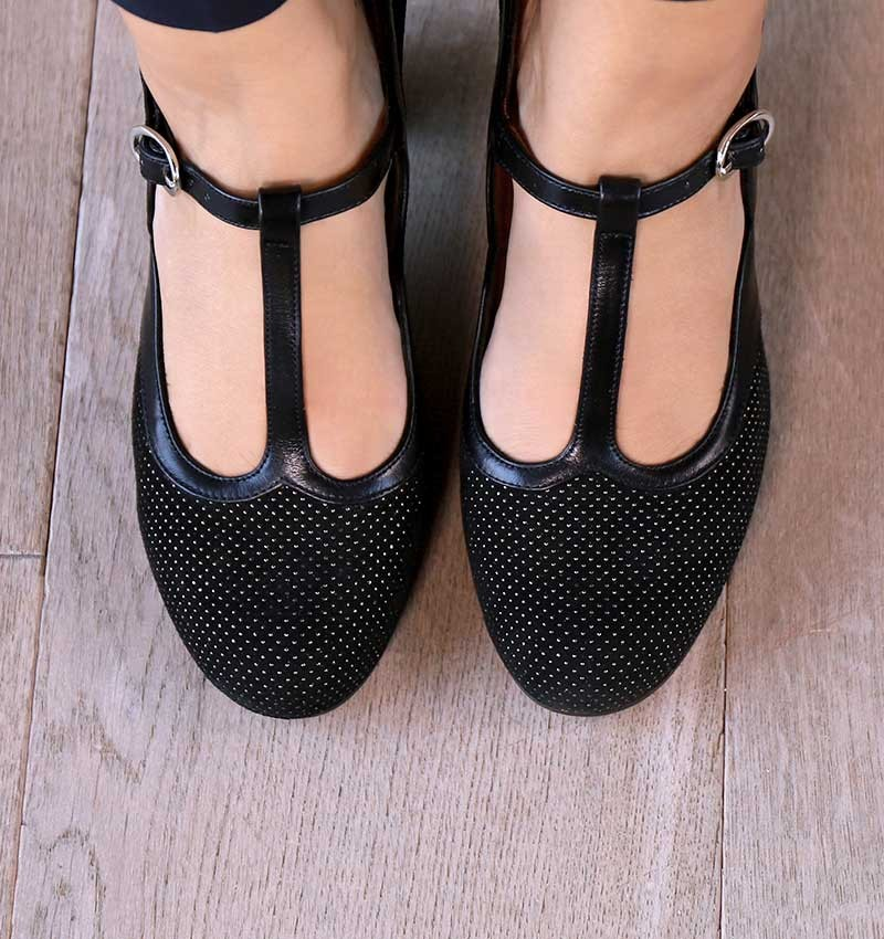 ULISE BLACK CHiE MIHARA shoes