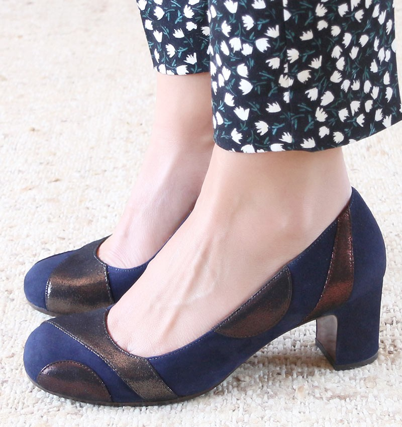 JUNIA DARK BLUE CHiE MIHARA shoes