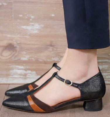 YOIS BLACK CHiE MIHARA shoes