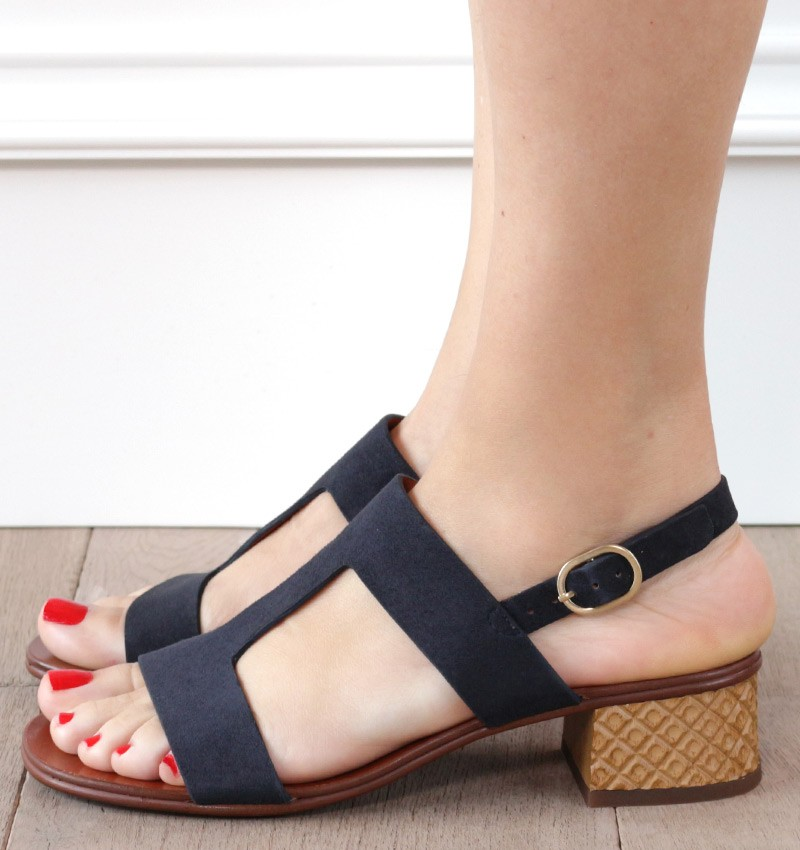 QUEBEC TOP 10 CHiE MIHARA sandals