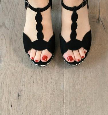 ELDEN BLACK CHiE MIHARA sandals