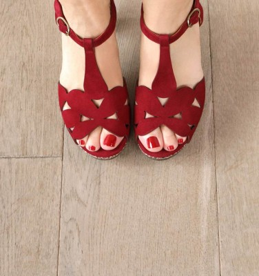 EGEO GRAPE CHiE MIHARA sandals