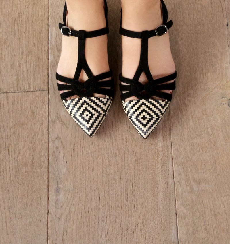 ROSALI BLACK CHiE MIHARA shoes