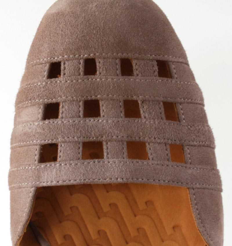 KAEL TAUPE CHiE MIHARA chaussures