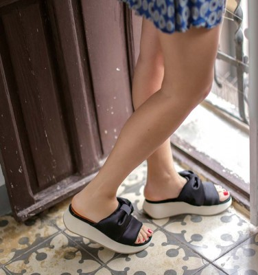 WO-DREAMY BLACK CHiE MIHARA sandals