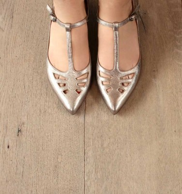 RUT GREY CHiE MIHARA shoes