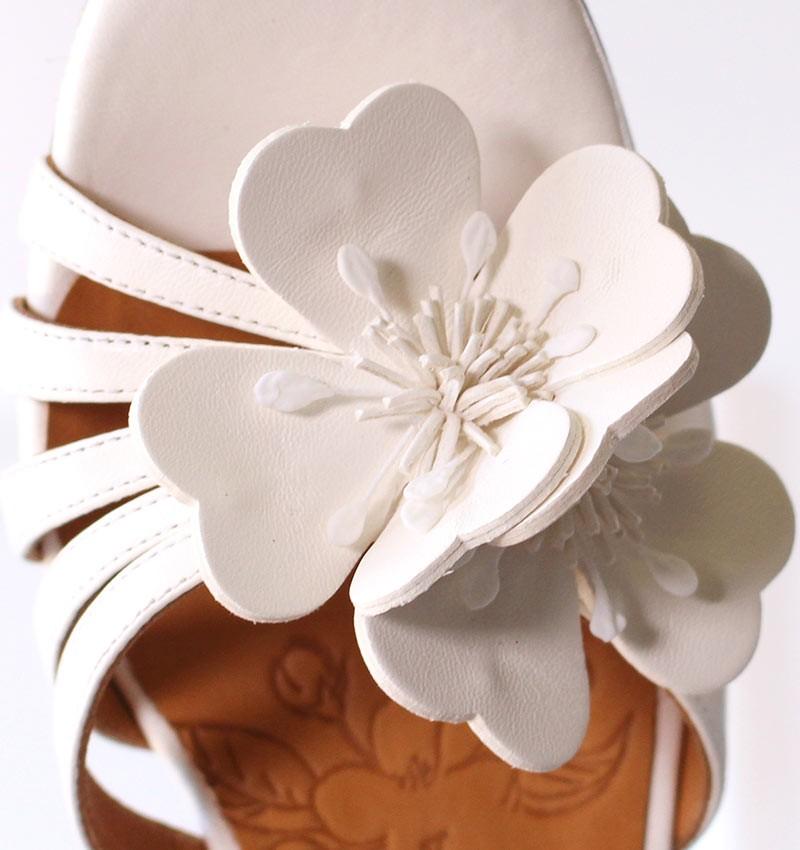bri-piroca-off-white