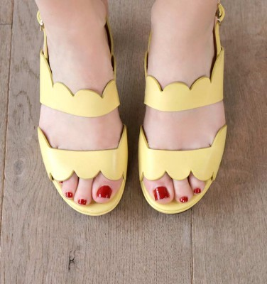 ENJOY YELLOW CHiE MIHARA sandals