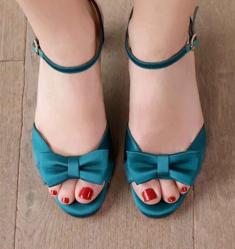 aisha-blue