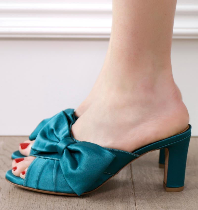 ANALIS BLUE CHiE sandals