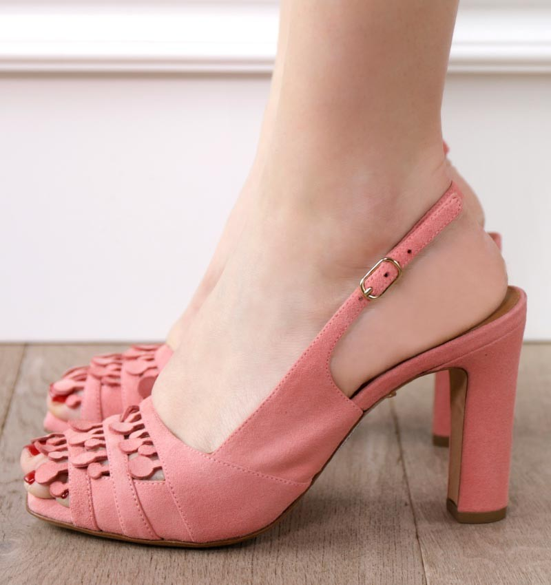 JULENA CHERRY PINK CHiE sandals