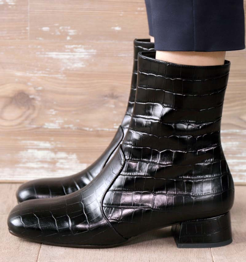 ZAPRO BLACK CHiE MIHARA boots