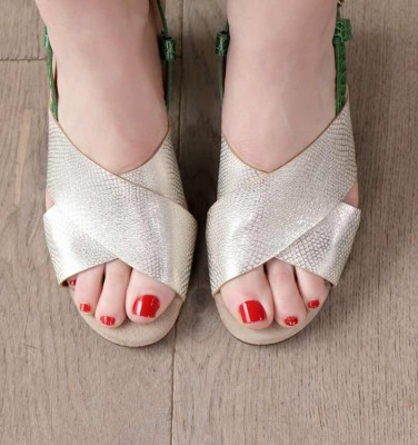 GILES TOAST CHiE MIHARA sandals